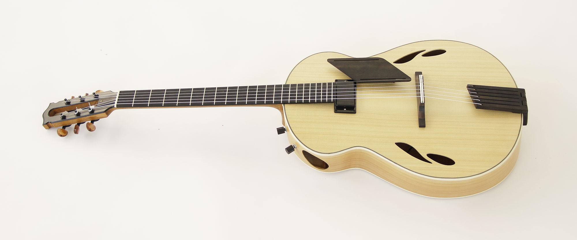 guitarra acustica archtop front 1